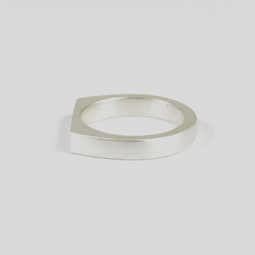 SILVER RING - THE SIMPLE by e//r