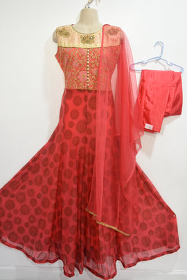 Red color  3 piece Dress Now 65$ was 89$ # 30 % OFF