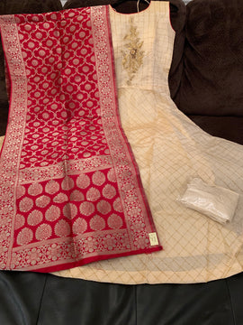 Creek color dress with Red color Banaras Dupatta and Lycra Legging