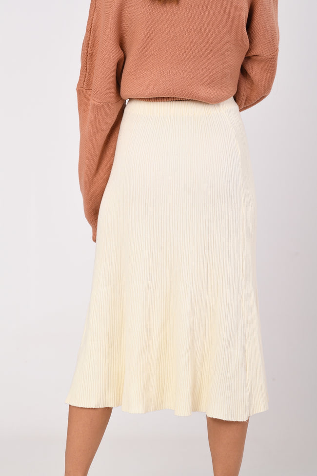 White Embossed Stripe Elastic Skirt