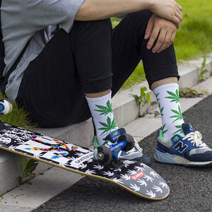 HIGH Quality Leaf Design Socks