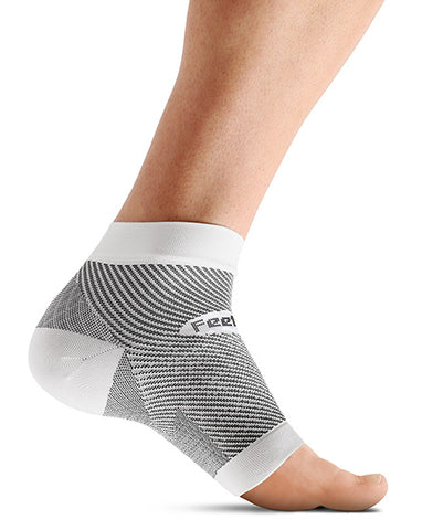 Feetures Plantar Fasciitis Sleeve - Triathlon LAB