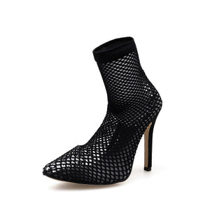 Stiletto heel sandals with hollow-out ends of transparent mesh