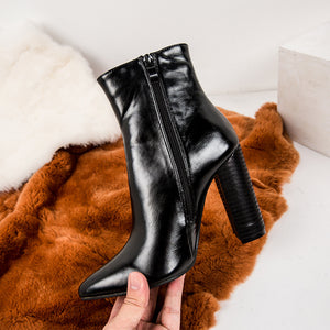 Simple thick heel middle boots