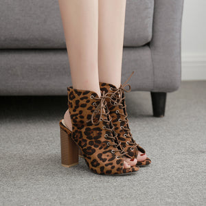 Thick with cross chalaza high-heeled sandals, ladies boots