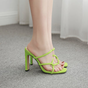 Thin band combination with hollow square heel sandal slippers