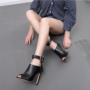 Catwalk show metal buckle high heel fish mouth cool boots