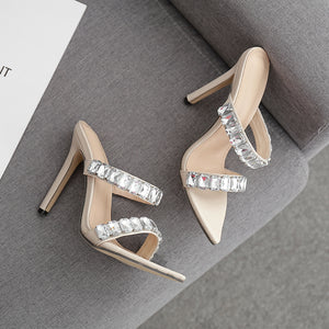 Diamond pointed slippers
