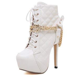 Roman style embroidered chain decorated comfortable ankle boots