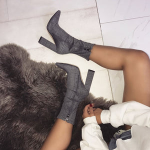 Large size coarse grid cloth with pointed high heel boots knight boots