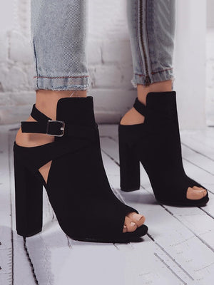 High heels Roman sandals with chunky heels