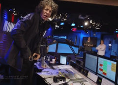 Howard Stern itching balls