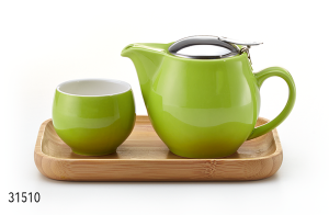 Mrs Doyle's Go Green tea pot gift set includes a ceramic green tea pot with infuser, perfect for 1 or 2 cups, the set also  includes a bamboo tray for serving