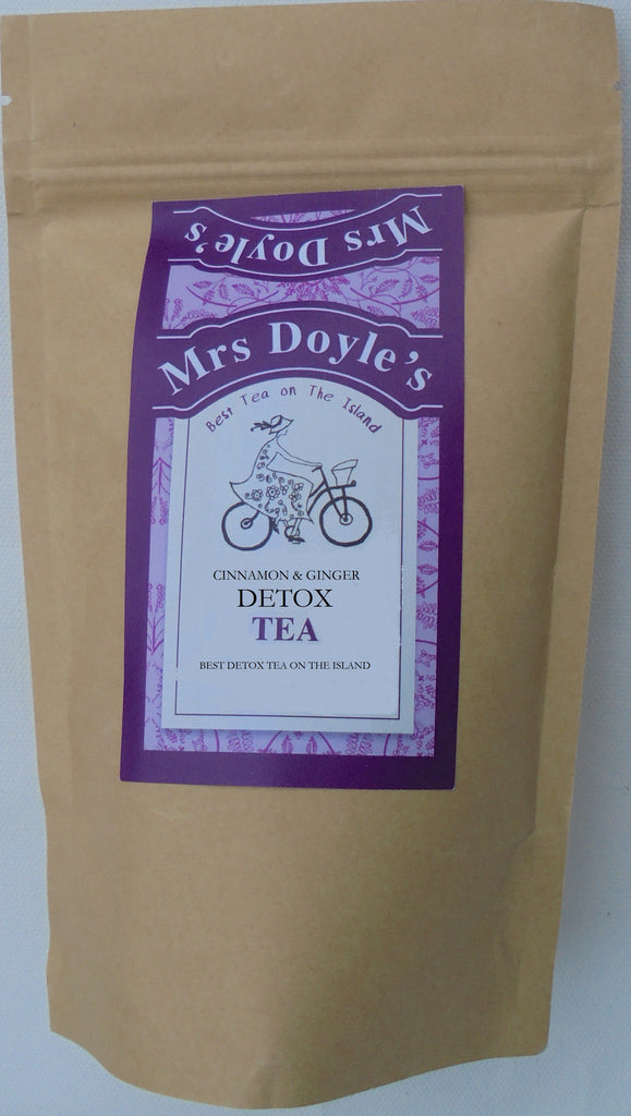 Mrs Doyle's Detox Tea is a loose leaf tea blend of  cinnamon pieces, fennel, ginger pieces, rosemary leaves, peppermint, sage leaves, cardamom, damiana leaves, liquorice root, carob, black peppercorns, cloves, celeriac.