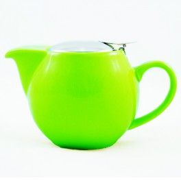 Green loose leaf tea pot with infuser