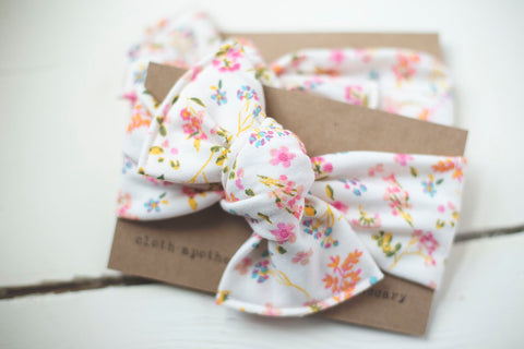 Floral Meadow Cloth Knot Headwrap - Baby Headband - Baby Bow