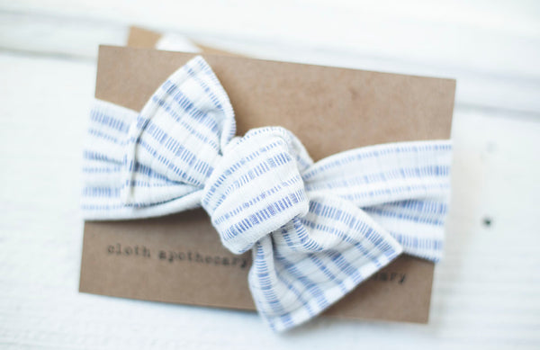 Periwinkle Cloth Knot Headwrap - Baby Headband - Baby Bow