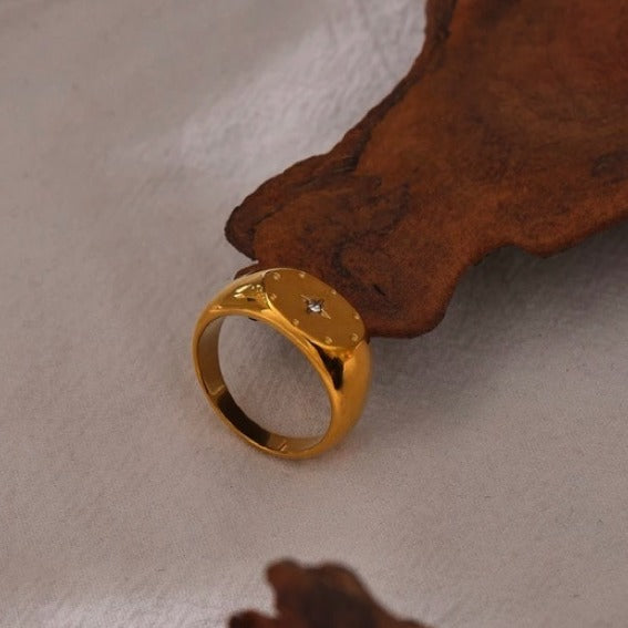 Gold-plated Star Signet Ring