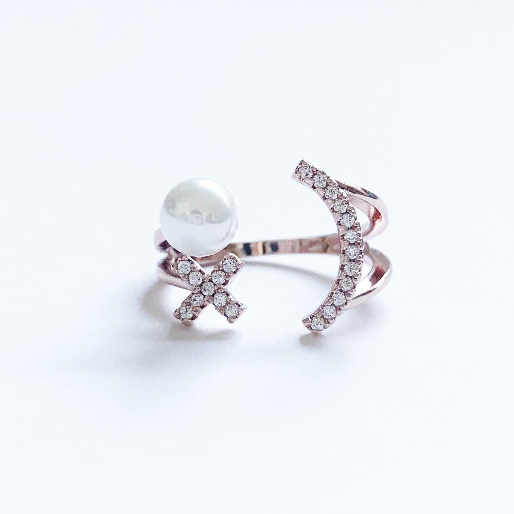 Smily Face Ring With Star and Pearl Deco - Gold Rose Tone