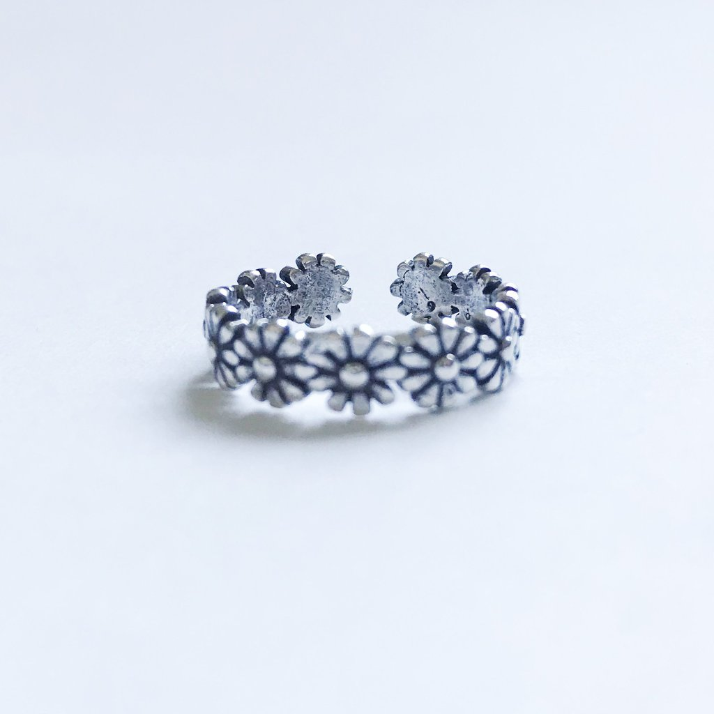 Retro Flower Circuit Adjustable Tail Ring