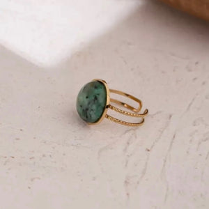 Vintage Style Green Stone Ring