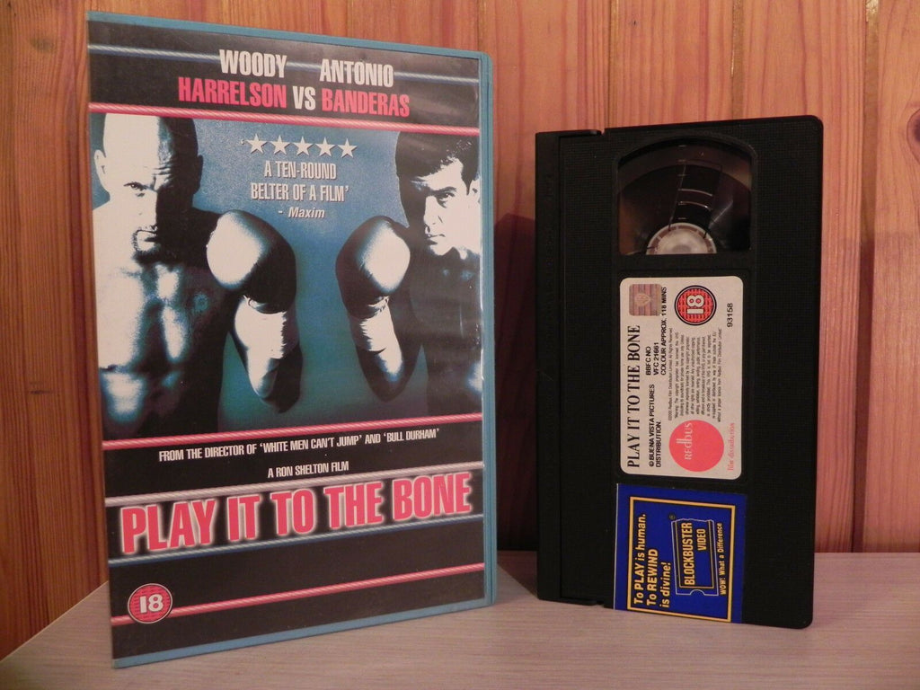 PLAY IT TO THE BONE - Woody Harrelson - Antonio Banderas - Boxing ExRental - VHS