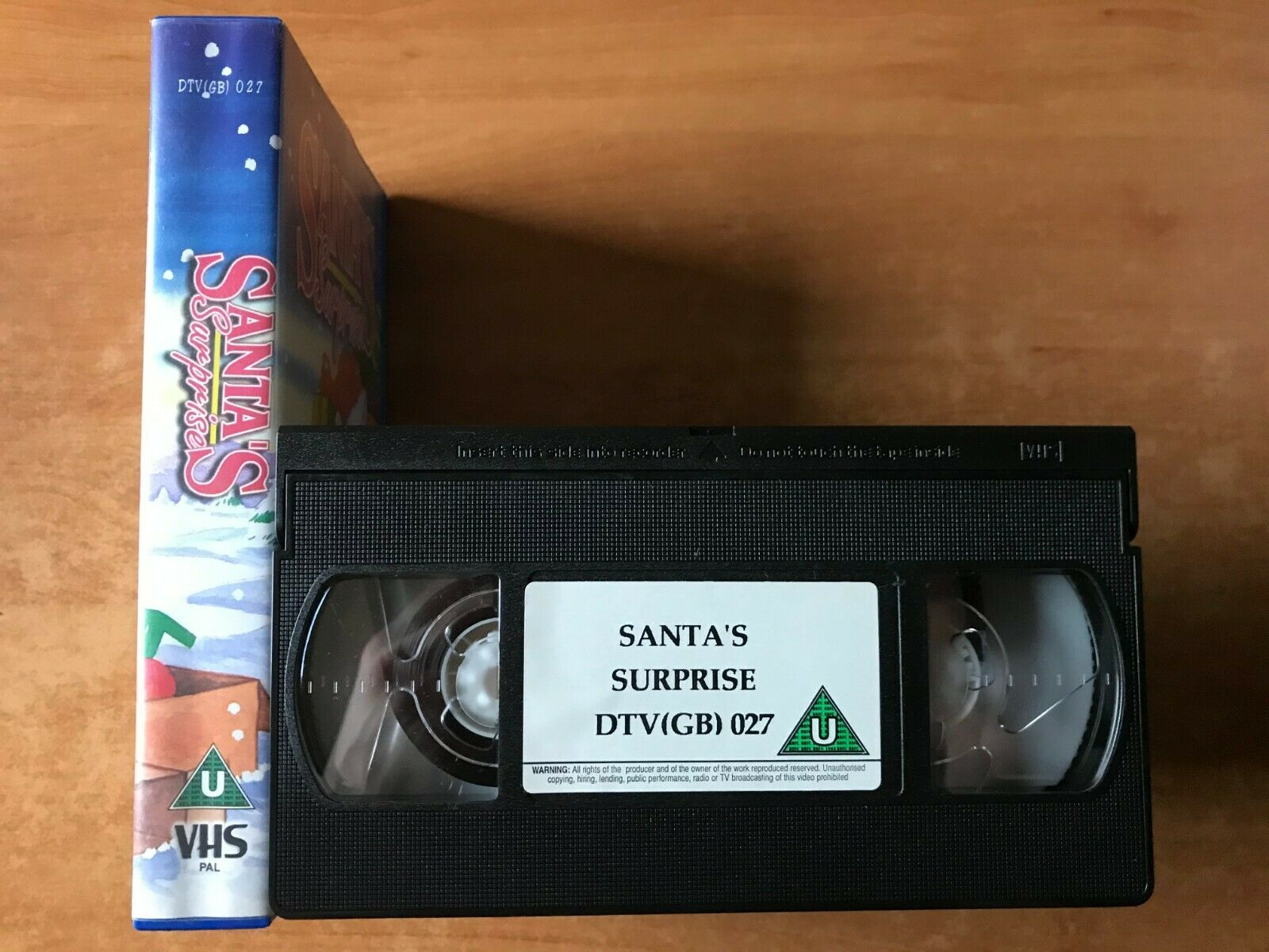 Santa's Suprise (Classic Cartoons) - Holiday Special - Animated - Kids - Pal VHS