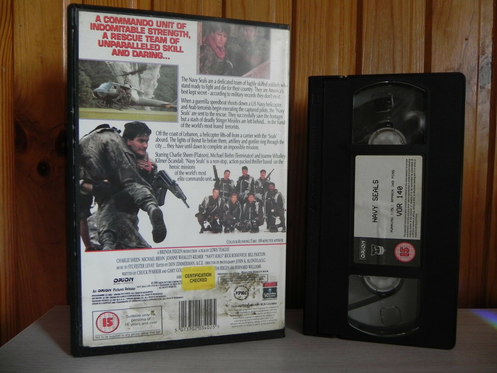 Navy Seals - Collectable Charlie Sheen - Action Virgin Premiere - Big Box - VHS