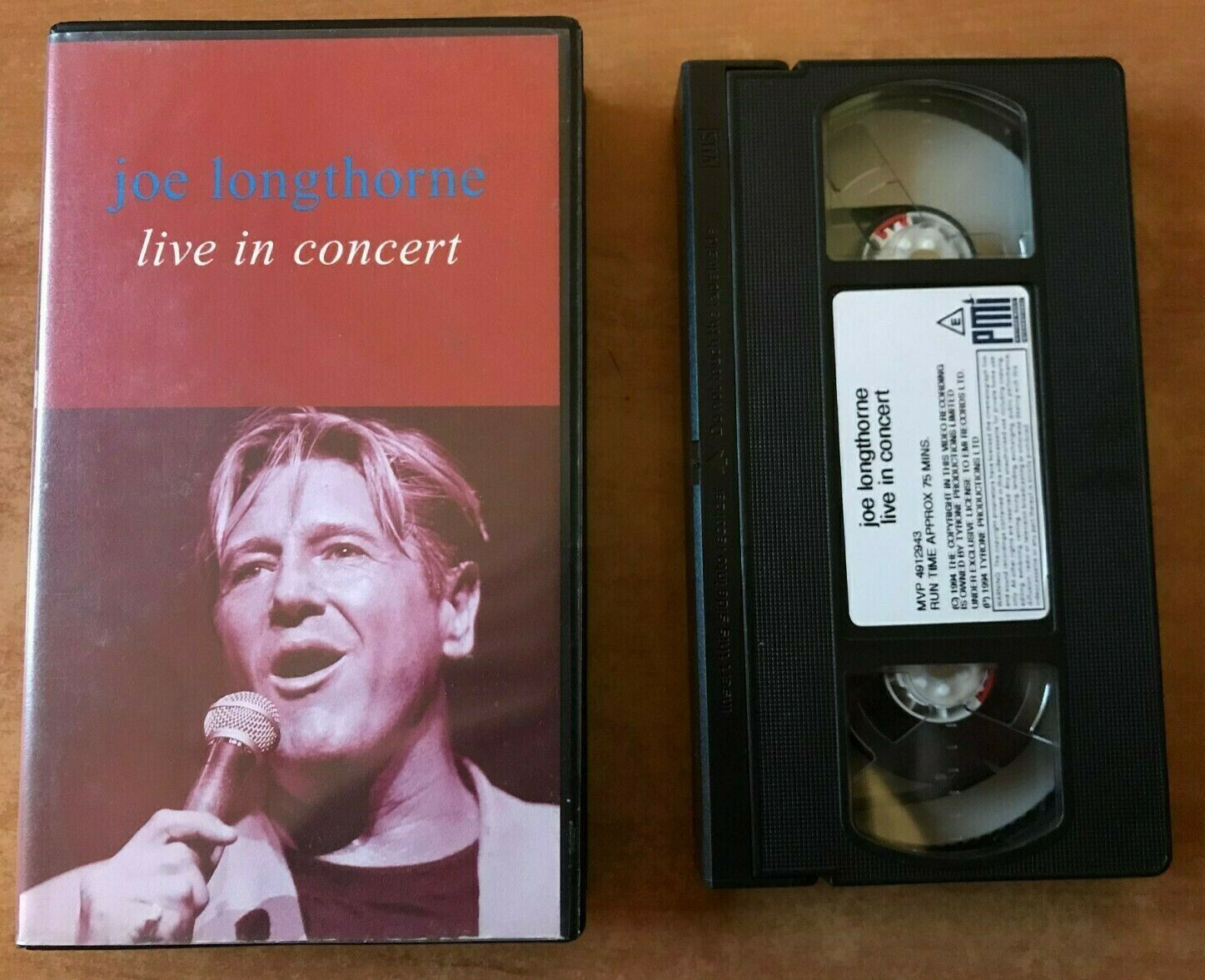 Joe Longthorne: Live In Concert - 'Crazy' - 'Stand By Me' - 'Hello Dolly' - VHS