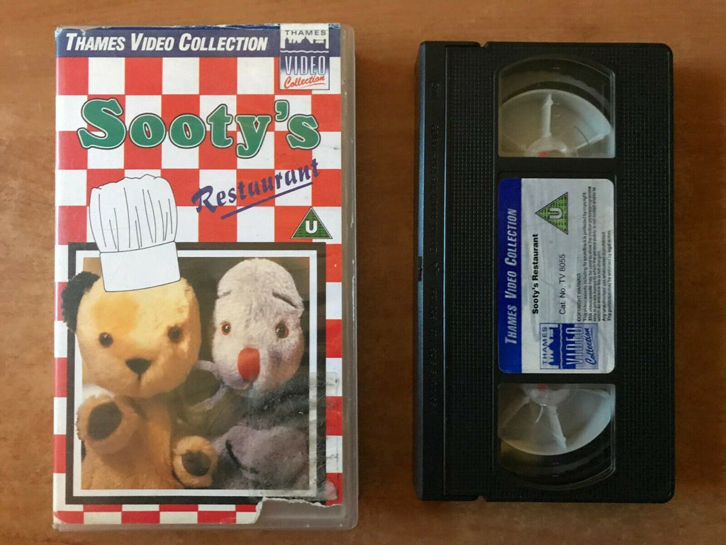 Sooty's Restaurant; [Thames Video]: Ragdolls - Educational - Kids - Pal VHS