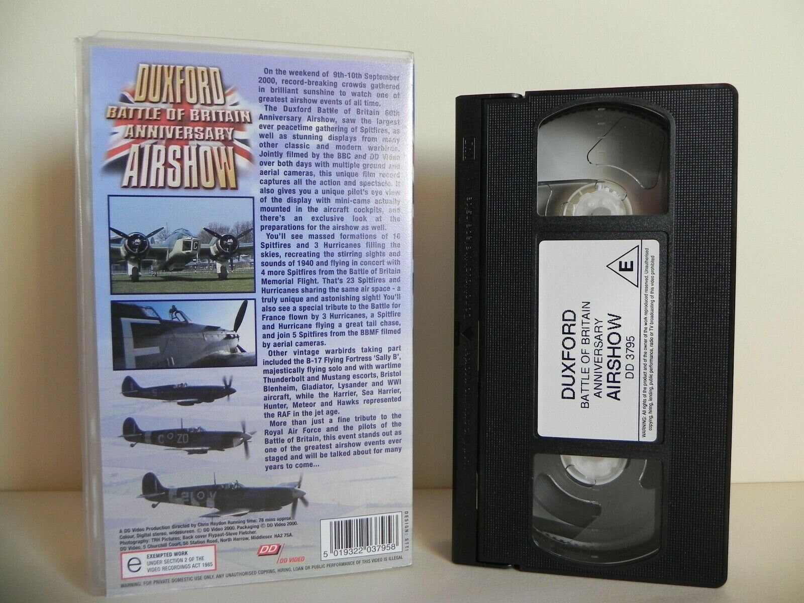 Duxford: Battle Of Britain Anniversary - Airshow - Largest Spitfires - Pal VHS