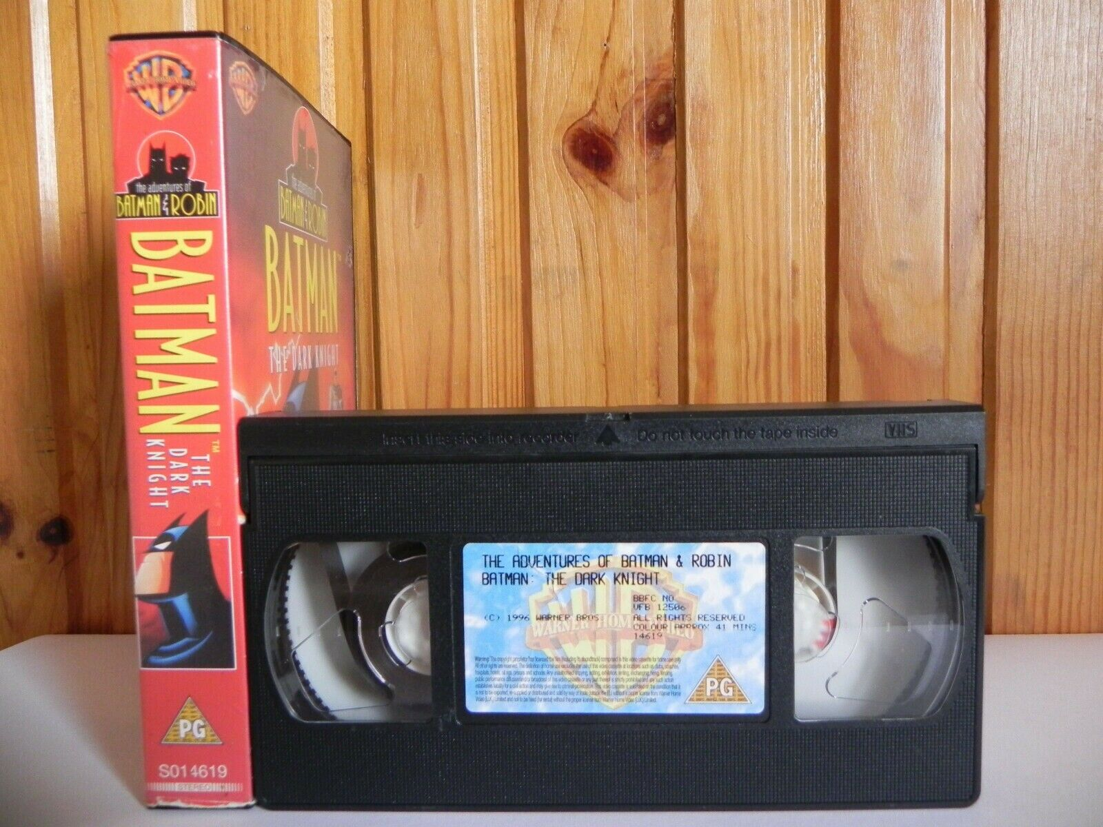 Batman: The Dark Knight - Warner - Animated - Action - Adventure - Kids - VHS