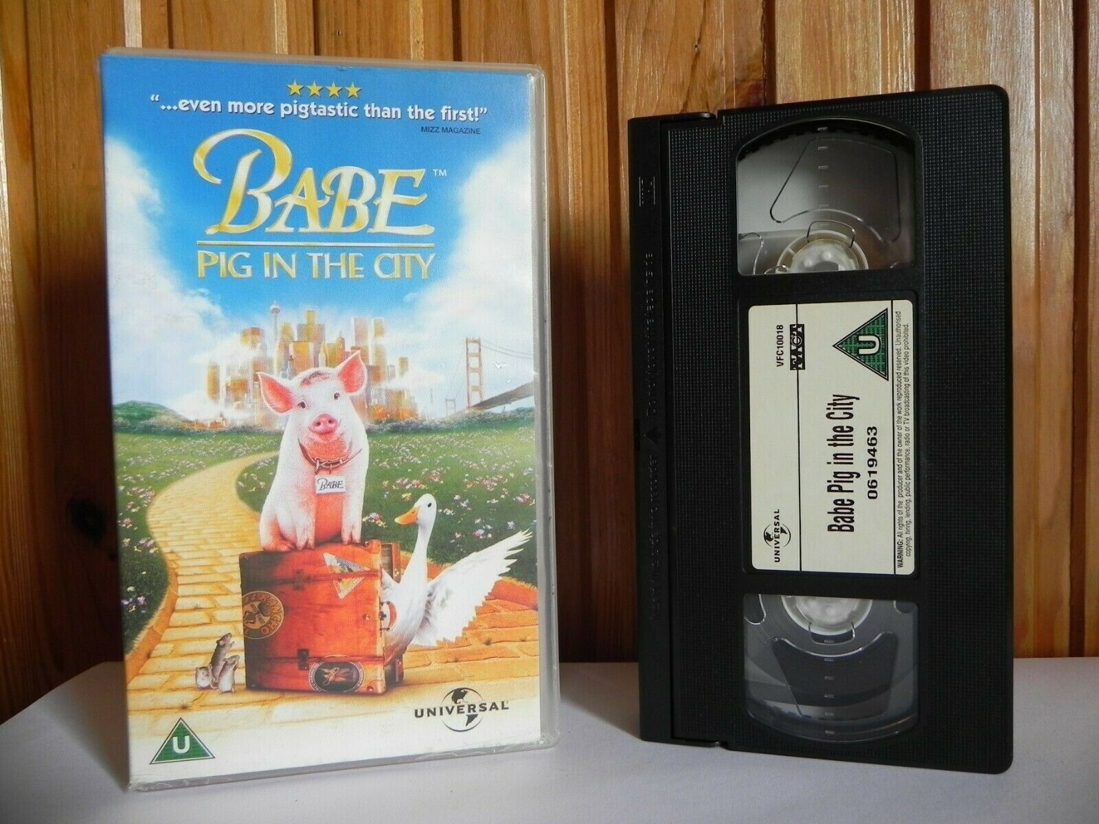 Babe: Pig In The City - Universal - Family - Adventure - Children's - Pal VHS