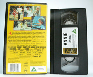Annie (1982): The Movie Of 'Tomorrow' - Musical Drama Comedy - Tim Curry - VHS