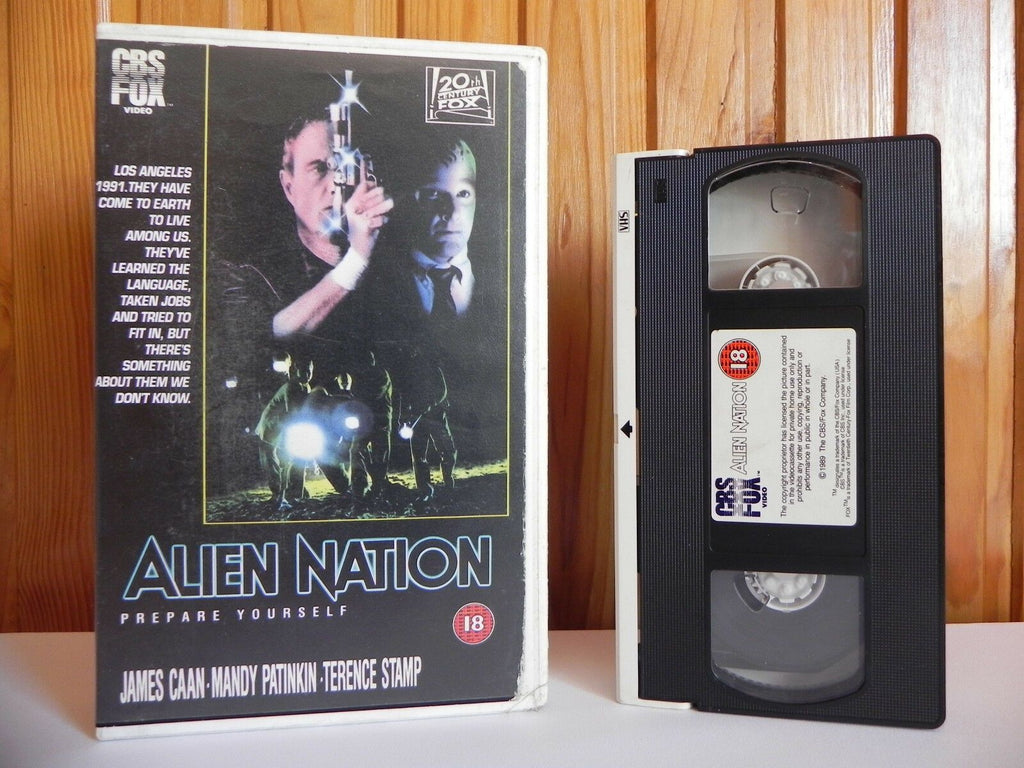 18, 1990, Alien, Aliens, Box, Caan, Deleted Title, Graham Baker, James, Large, Mandy, Mandy Patinkin, Nation, No, PAL, Patinkin, Sci-Fi & Fantasy, VHS