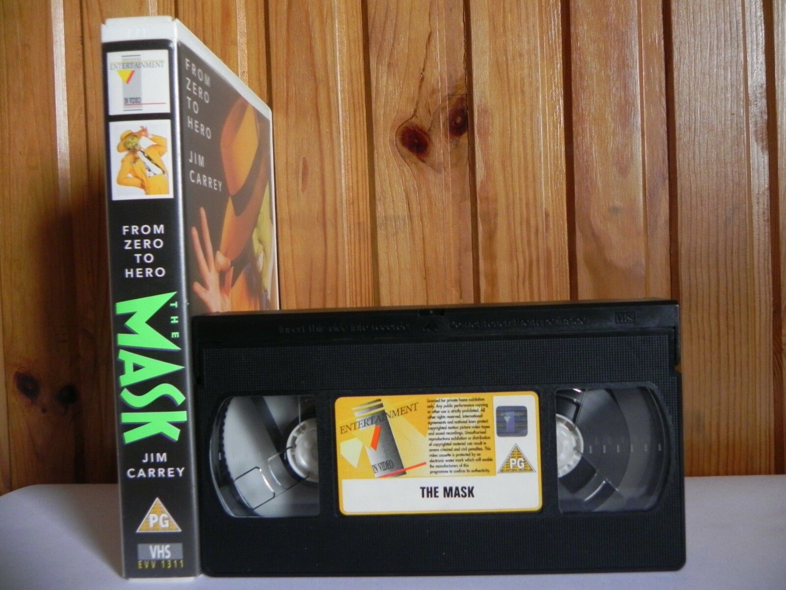 The Mask: Original Large Box - Criminal Comedy (Rental Video) - Jim Carrey - VHS