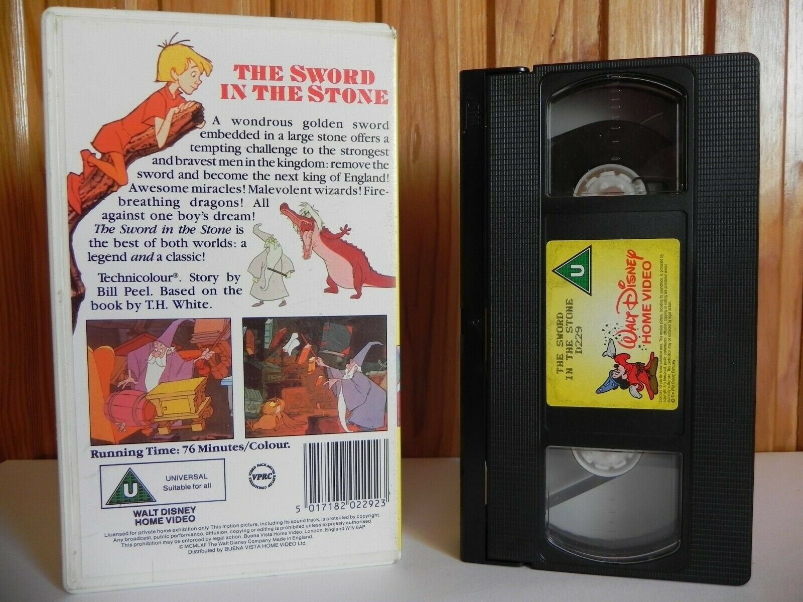 The Sword In The Stone - Disney Classics - Animated - Adventure - Kids - VHS