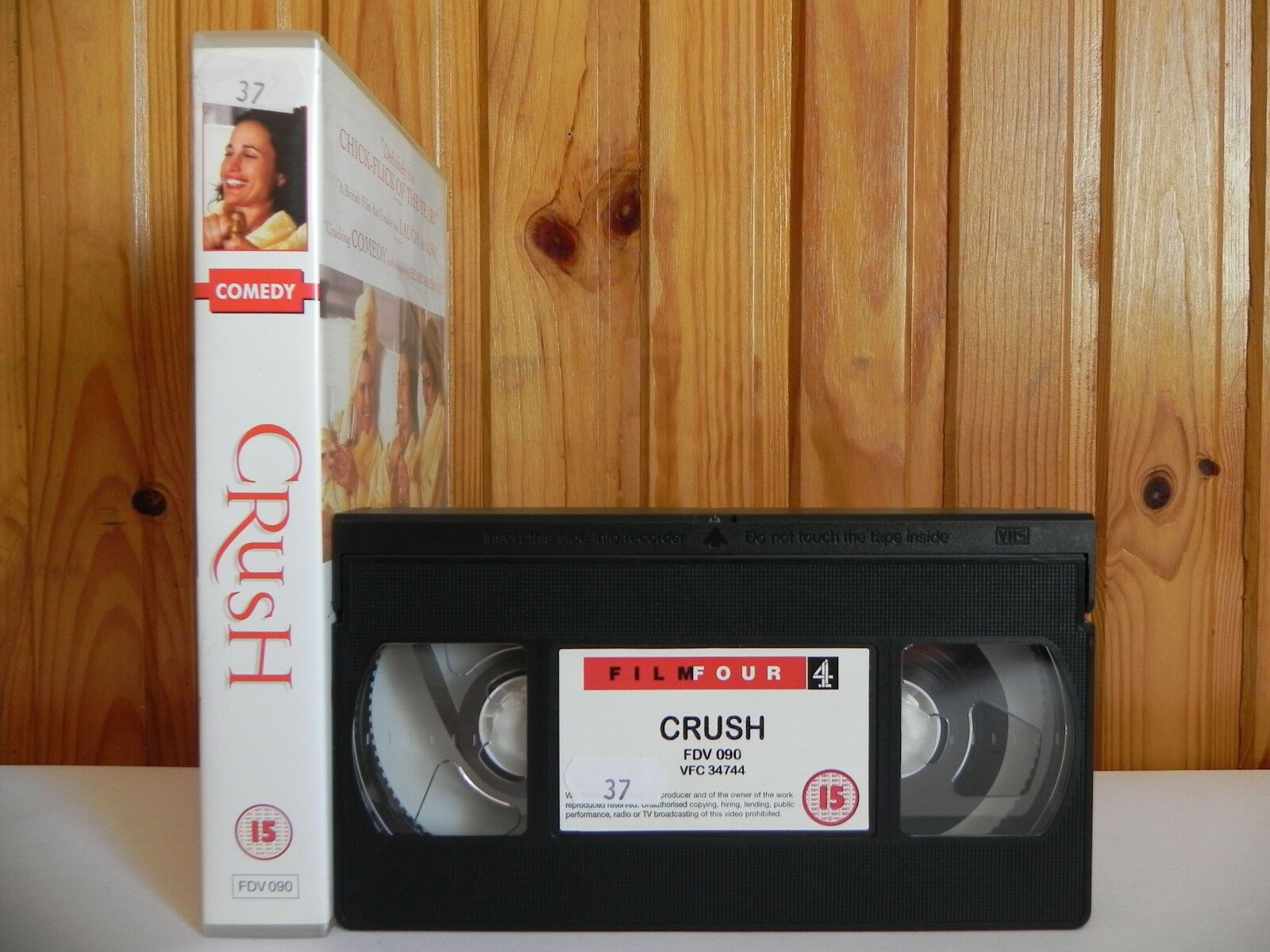 Crush - Film Four - Comedy - Andie Macdowell - Imelda Stauton - Large Box - VHS