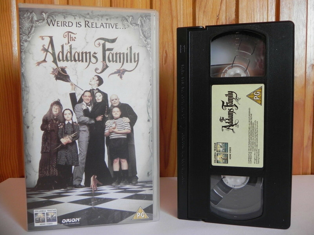 The Addams Family - Columbia Tristar - Black Comedy - Raul Julia - Pal VHS