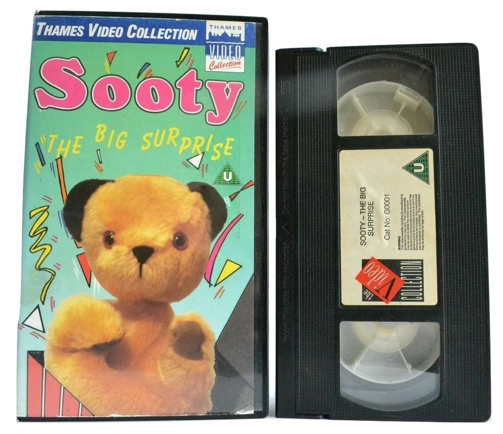Sooty: The Big Surprise [Sweep & Soo] - Matthew Corbett - (1988) Thames - VHS