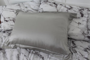 Delta Pure Silk Pillowcase Silver by Delta Dreams