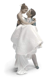 LLADRÓ The Happiest Day Couple Figurine Type 357. Porcelain Bride and Groom (Wedding) Figure.