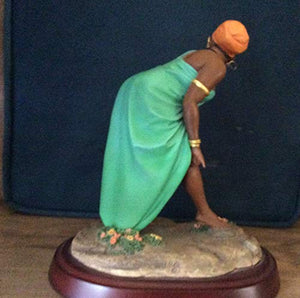 THOMAS BLACKSHEAR EBONY VISIONS OH YES SHE DID FIGURINE