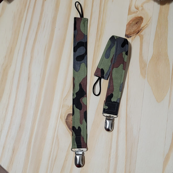 Green Camo Cotton Pacifier Clips