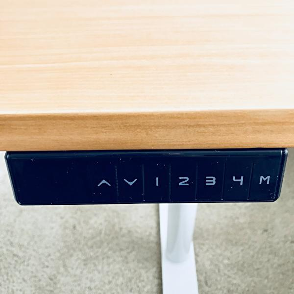 Keypad for controlling standing desk