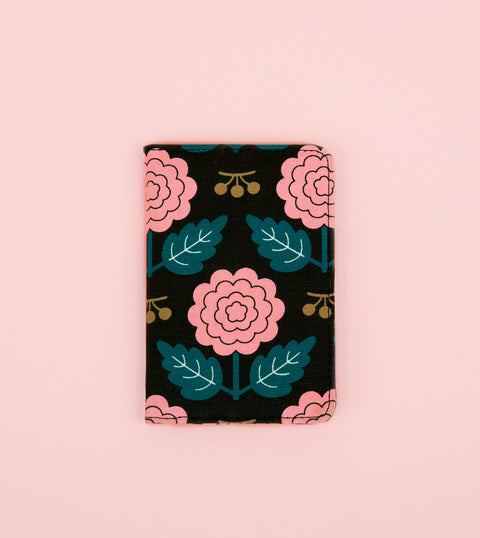 MARGOT PASSPORT HOLDER - BLACK