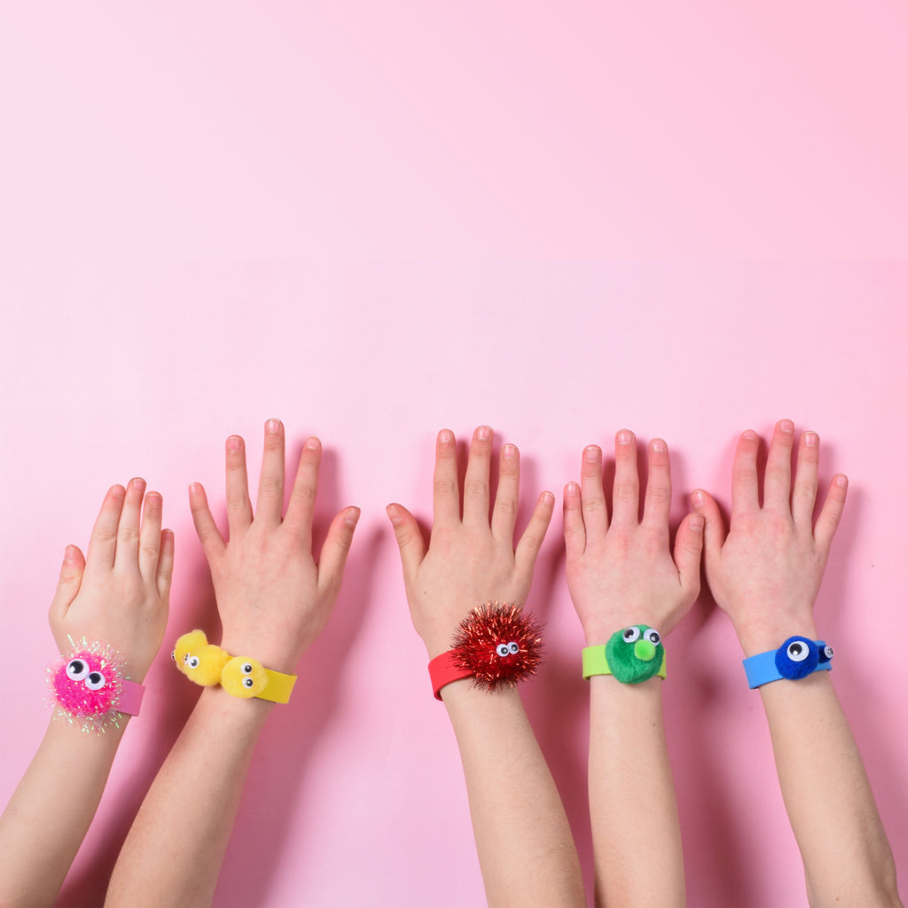 Party et Cie - Fuzzy Monster Pet Bracelets