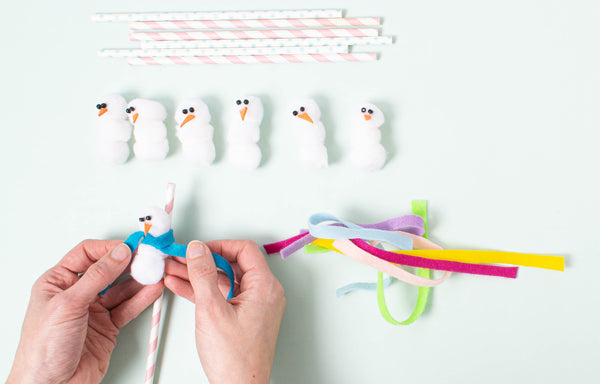 Party et Cie - Pom Pom Snowman Straws - Step 5