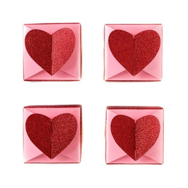 FAVOUR BOXES - HEARTS
