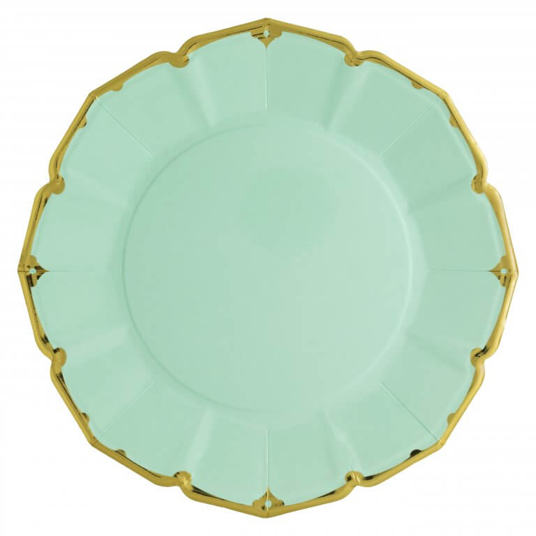 MINT SCALLOPED DINNER PLATES